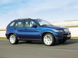 BMW X5 4.8is V8 - [2004] image