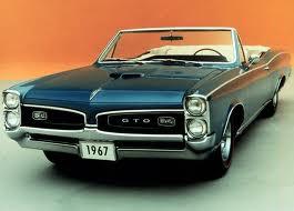 Compare Pontiac GTO 66 Litre V8 HO  1967 vs Chevrolet Impala